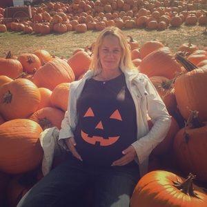 Tops - Maternity pumpkin shirt (medium)